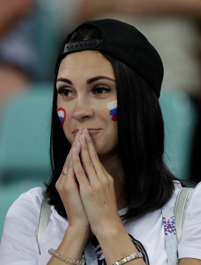 Τα δάκρυα των Ρώσων για το... τέλος τους στο Μουντιάλ - εικόνα 2