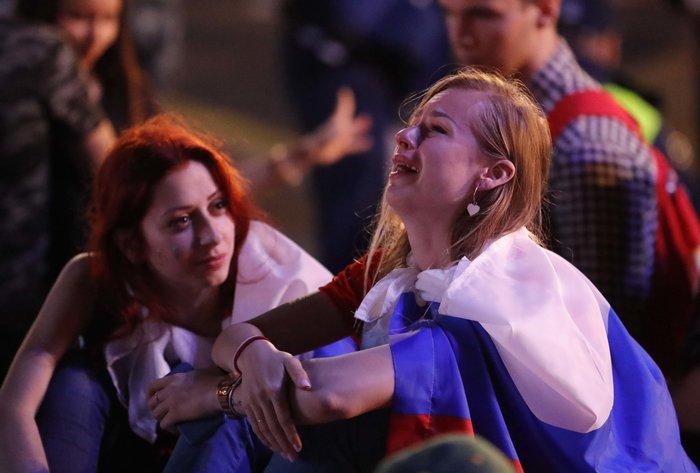 Τα δάκρυα των Ρώσων για το... τέλος τους στο Μουντιάλ - εικόνα 5