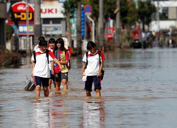 Περισσότεροι από 100 νεκροί από τις πλημμύρες στην Ιαπωνία