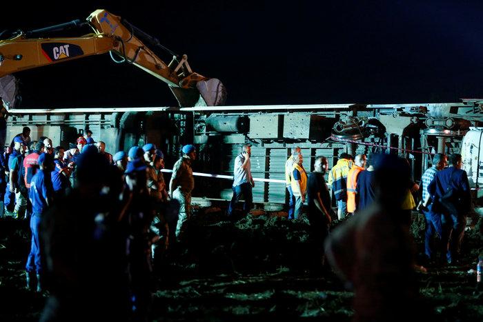 24 νεκροί από τον εκτροχιασμό τρένου στην Τουρκία