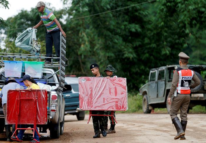 Απεγκλωβίστηκε και όγδοο παιδί από το σπήλαιο της Ταϊλάνδης - εικόνα 5