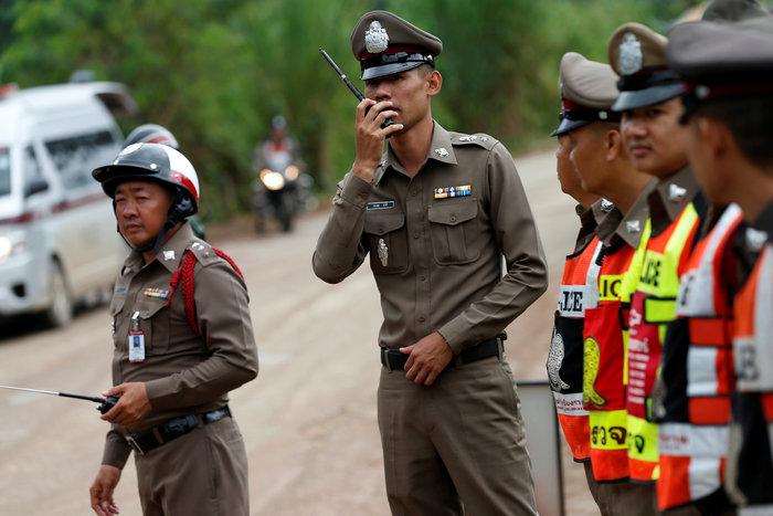 Απεγκλωβίστηκε και όγδοο παιδί από το σπήλαιο της Ταϊλάνδης - εικόνα 11