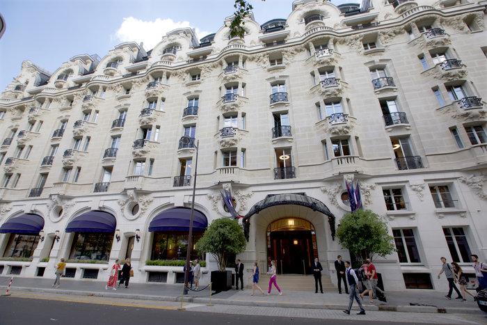 Ξανάνοιξε το ιστορικό ξενοδοχείο Lutetia στο Παρίσι - εικόνα 2