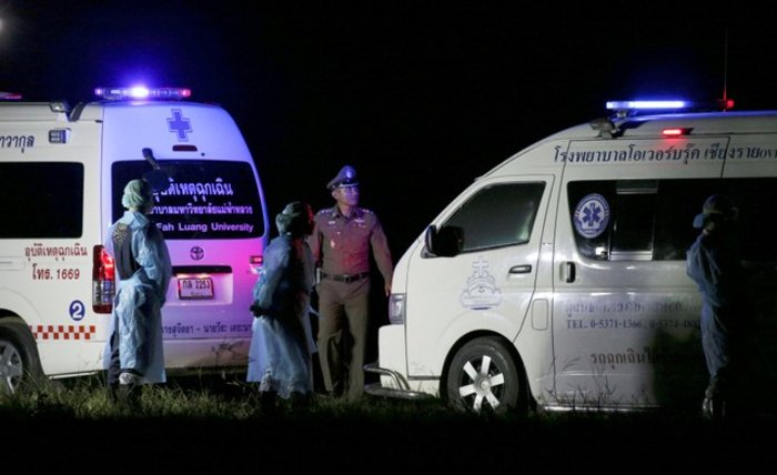 Από το σκοτάδι στο φως: Απεγκλωβίστηκαν αλλα 4 παιδιά στην Ταϊλάνδη - εικόνα 2