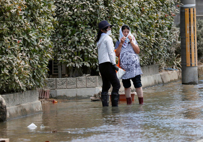 Έφτασαν στους 156 ο νεκροί από τις πλημμύρες στην Ιαπωνία (φωτό) - εικόνα 4