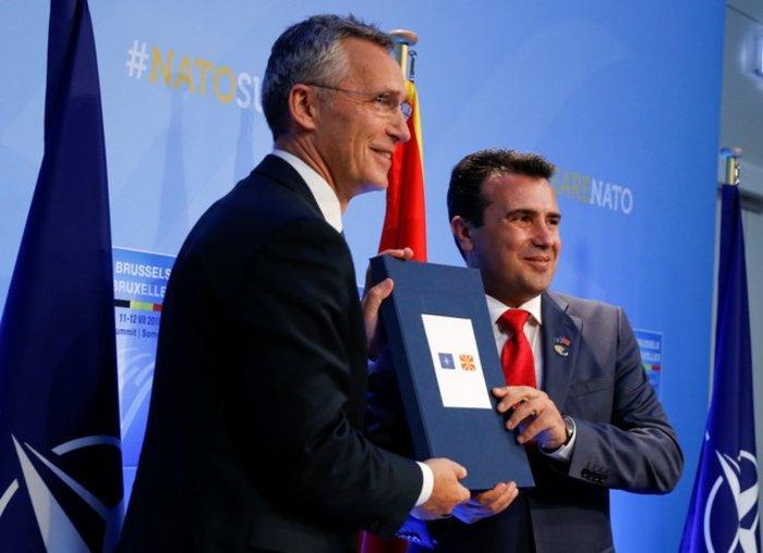 Ξεκινούν και επίσημα οι ενταξιακές συνομιλίες ΝΑΤΟ - πΓΔΜ