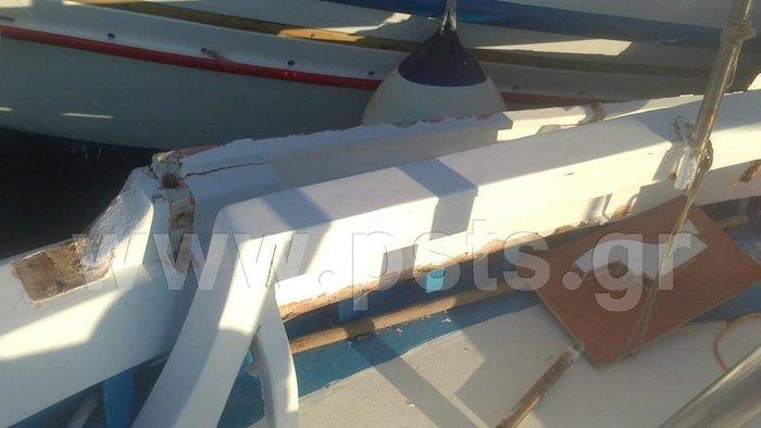 Η στιγμή που τουριστικό σκάφος συγκρούεται με πλοιάριο στην Πάρο