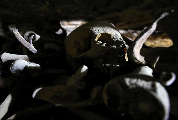 Αρχαιοελληνικής τεχνοτροπίας η επιχρυσωμένη μάσκα μούμιας - εικόνα 8