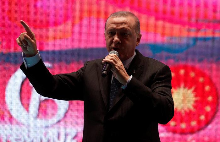 Μήνυμα Ερντογάν: «Δεν θα ξεχάσουμε όσους προστάτευσαν τους πραξικοπηματίες» - εικόνα 2