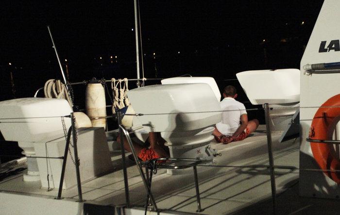 Σκάφος με 56 μετανάστες στον Αστακό- Έφευγαν για Ιταλία (φωτό) - εικόνα 2