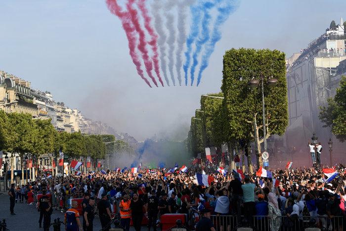 Το Παρίσι υποκλίθηκε! Το πάρτι των θριαμβευτών του Μουντιάλ - εικόνα 6
