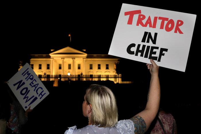 Επεισοδιακή η επιστροφή Τραμπ στις ΗΠΑ: Ψεύτης & προδότης - εικόνα 3