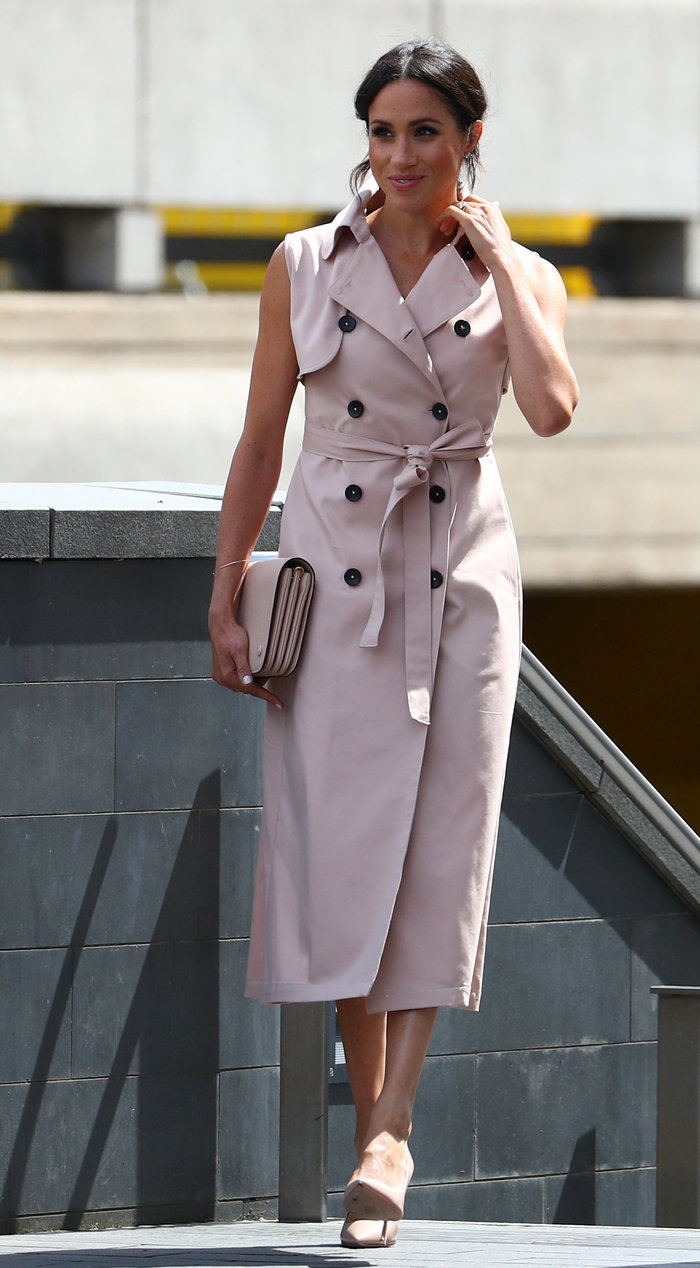 Μέγκαν Μαρκλ: Στα ροζ απ'την κορυφή ως τα νύχια στη νέα της εμφάνιση