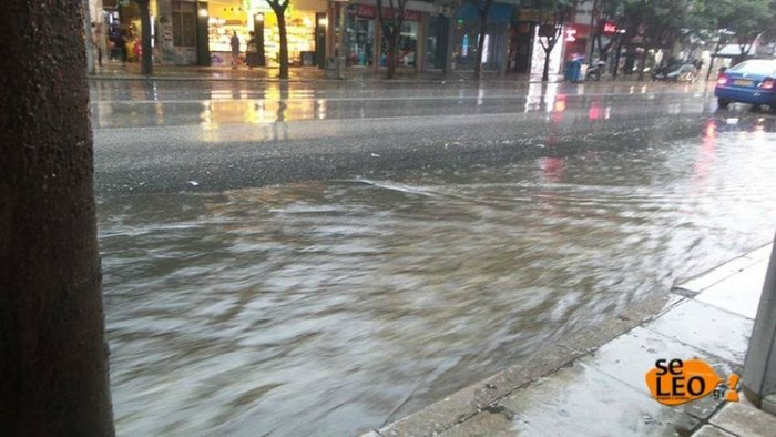 Θεσσαλονίκη: Προβλήματα λόγω καταρρακτώδους βροχής και χαλαζόπτωσης - εικόνα 2