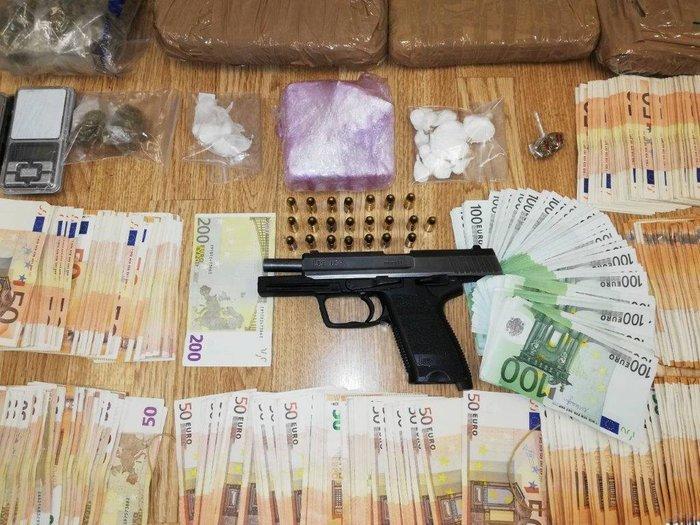Κύκλωμα κοκαΐνης και συνθετικών ναρκωτικών σε Αθήνα και Μύκονο