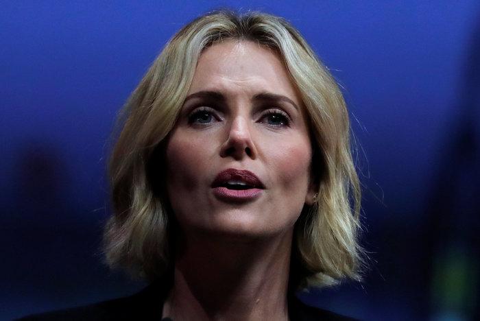 Σαρλίζ Θερόν: Τα δάκρυα της πανέμορφης ηθοποιού ενώ μιλούσε για το AIDS - εικόνα 3