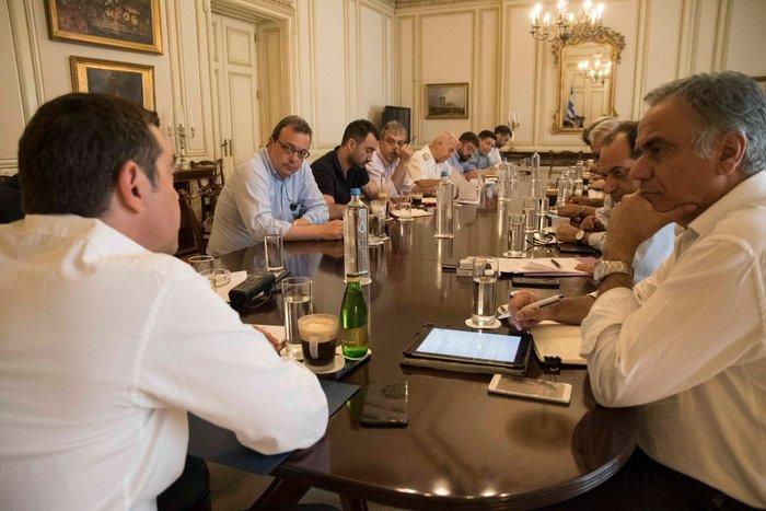 Ολοκληρώθηκε η σύσκεψη υπό τον πρωθυπουργό στο Μέγαρο Μαξίμου
