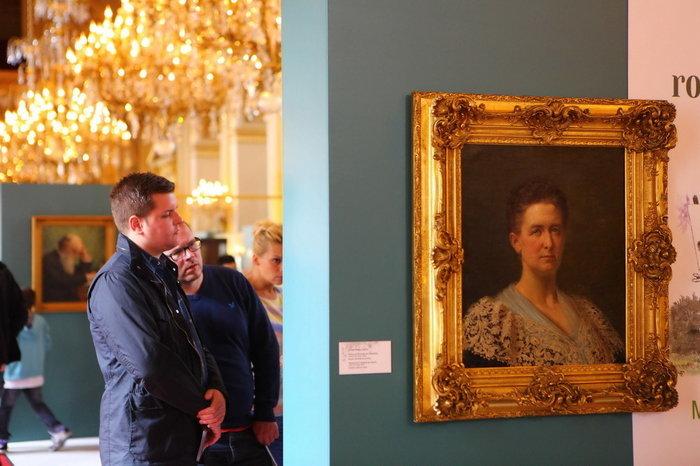 Royal Chic: Η όχι τυχαία εμφάνιση της βασιλικής οικογένειας του Βελγίου - εικόνα 16