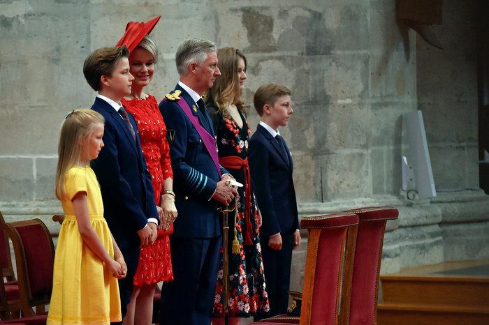 Royal Chic: Η όχι τυχαία εμφάνιση της βασιλικής οικογένειας του Βελγίου