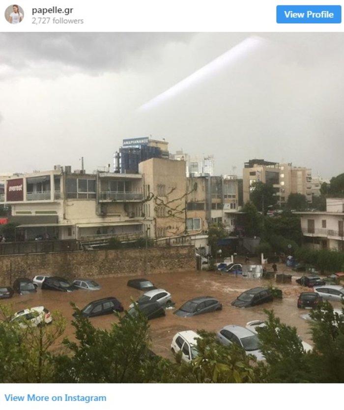 Απίστευτες εικόνες: Πλημμύρισε το Μαρούσι από την καταιγίδα