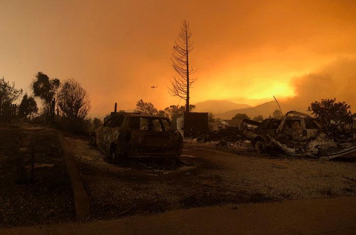Φωτιές στην Καλιφόρνια: 38.000 άφησαν τα σπίτια τους - εικόνα 5