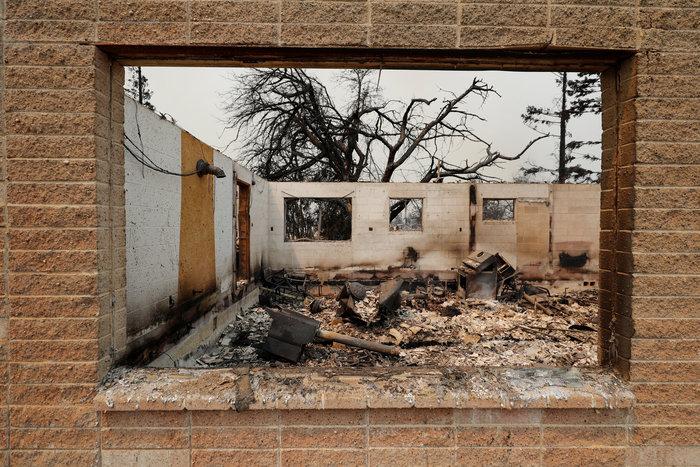 Φωτιές στην Καλιφόρνια: 38.000 άφησαν τα σπίτια τους - εικόνα 6