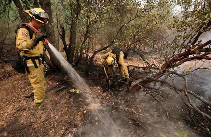 Μεγάλες φωτιές στην Καλιφόρνια: Πέντε νεκροί και 17 αγνοούμενοι - εικόνα 3