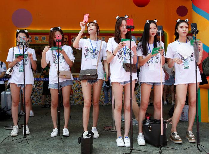 Πάρτι γενεθλίων για τα μοναδικά γιγαντιαία τρίδυμα panda στον κόσμο! - εικόνα 5