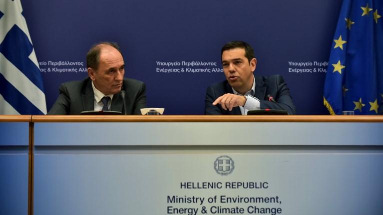 sunantisi-tsipra---stathiaki-amesa-oi-prwtes-61-katedafiseis-authairetwn