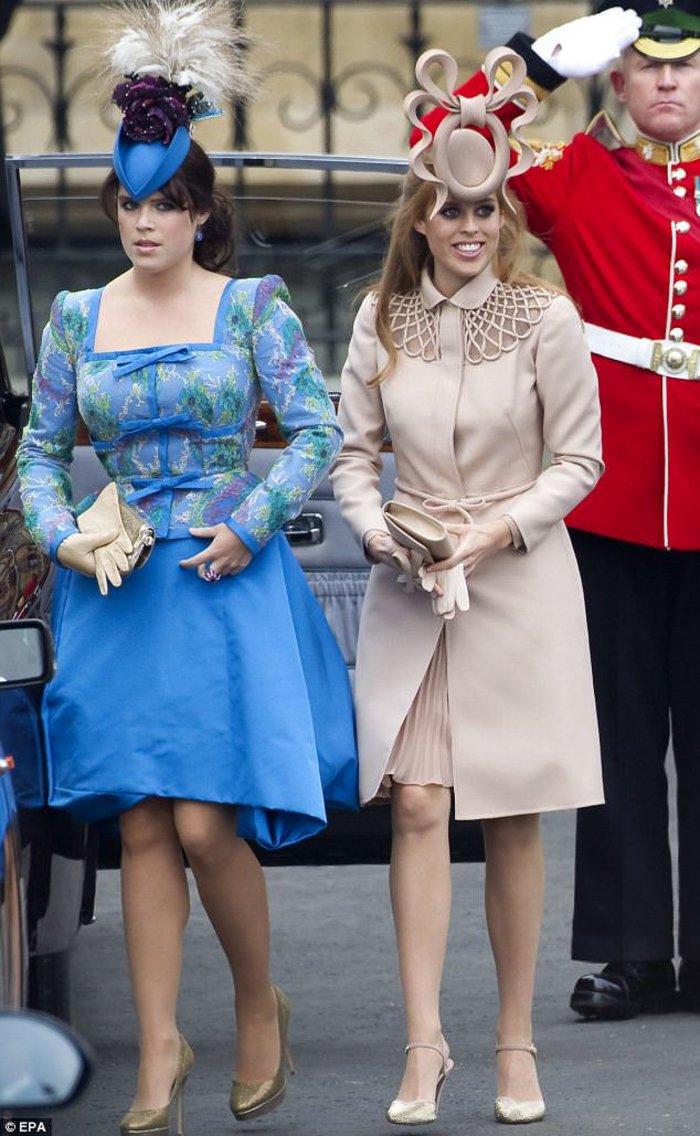 Πριγκίπισσες Ευγενία-Βεατρίκη: Κλάψαμε γοερά μετά τον γάμο Γουίλιαμ-Κέιτ