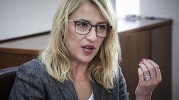 Αρνείται η Ρένα Δούρου να συγκαλέσει το περιφερειακό συμβούλιο