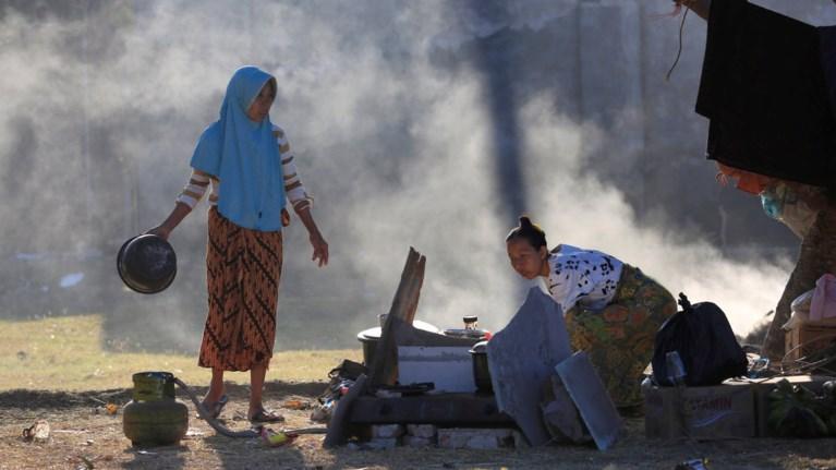 Στους 131 οι νεκροί από τον σεισμό στην Ινδονησία