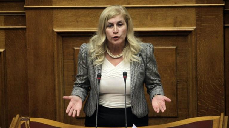 prwtofanis-ataka-aulwnitou-suriza-o-mitsotakis-leei-ppries