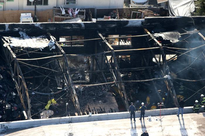Σε ύφεση οι φωτιές στην Πορτογαλία, 8 νεκροί στην Καλιφόρνια - εικόνα 4