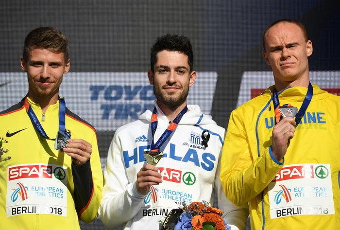 Η απονομή του χρυσού στον πρωταθλητή Ευρώπης Μίλτο Τεντόγλου - εικόνα 2