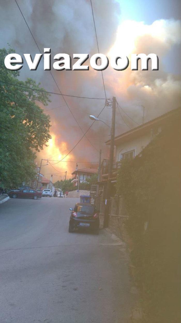 Ολονύχτια μάχη με τη φωτιά στην Εύβοια-Εκκενώθηκαν 2 χωριά - εικόνα 3