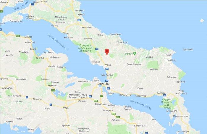 Ολονύχτια μάχη με τη φωτιά στην Εύβοια-Εκκενώθηκαν 2 χωριά
