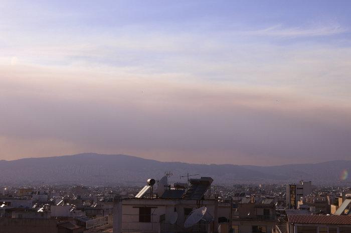 Ολονύχτια μάχη με τη φωτιά στην Εύβοια-Εκκενώθηκαν 2 χωριά - εικόνα 2