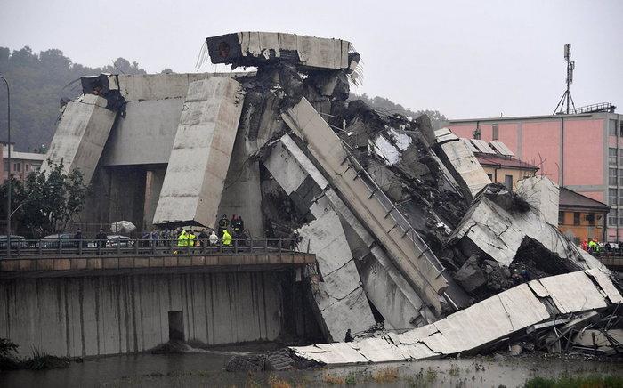 Ιταλία: Τουλάχιστον 22 νεκροί από την κατάρρευση γέφυρας - εικόνα 4