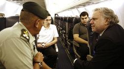 Βίντεο από την επιστροφή των Ελλήνων μέσα από το αεροσκάφος