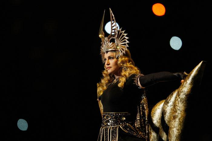 H Mαντόνα κλείνει τα 60: Το φαινόμενο που έγινε η βασίλισσα των βασιλισσών - εικόνα 5