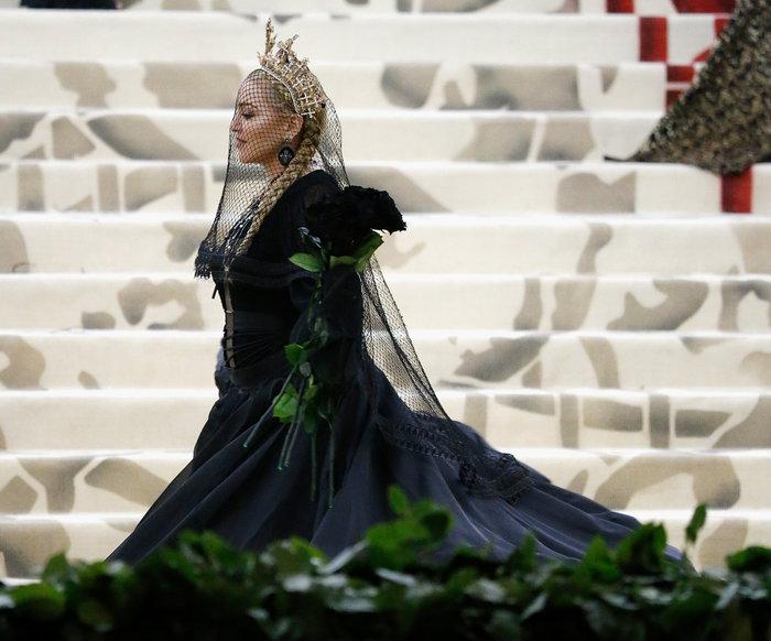 H Mαντόνα κλείνει τα 60: Το φαινόμενο που έγινε η βασίλισσα των βασιλισσών - εικόνα 11