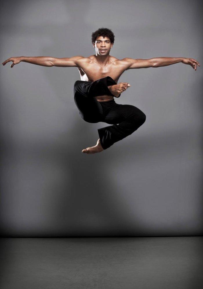 80334f1d739 Ο Carlos Acosta με το 25μελές μπαλέτο του για μία παράσταση στο ...