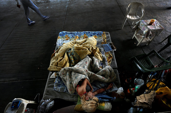 Reuters: Τα χρόνια των μνημονίων σε 40 συγκλονιστικές εικόνες - εικόνα 9