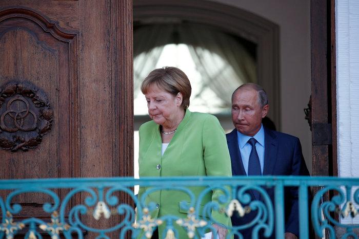 Mερκελ σε Πούτιν: Απαραίτητη η συνεργασία μας