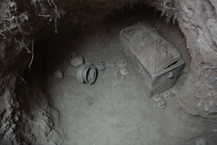 Ασύλητος θαλαμοειδής τάφος ανασκάφτηκε στην Ιεράπετρα - εικόνα 3