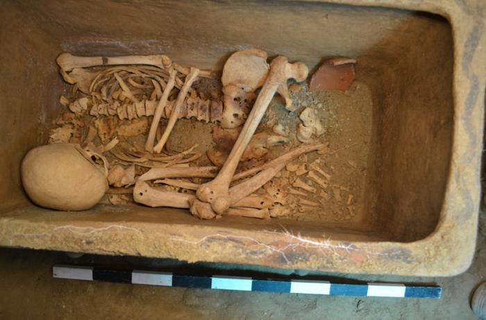 Ασύλητος θαλαμοειδής τάφος ανασκάφτηκε στην Ιεράπετρα - εικόνα 4