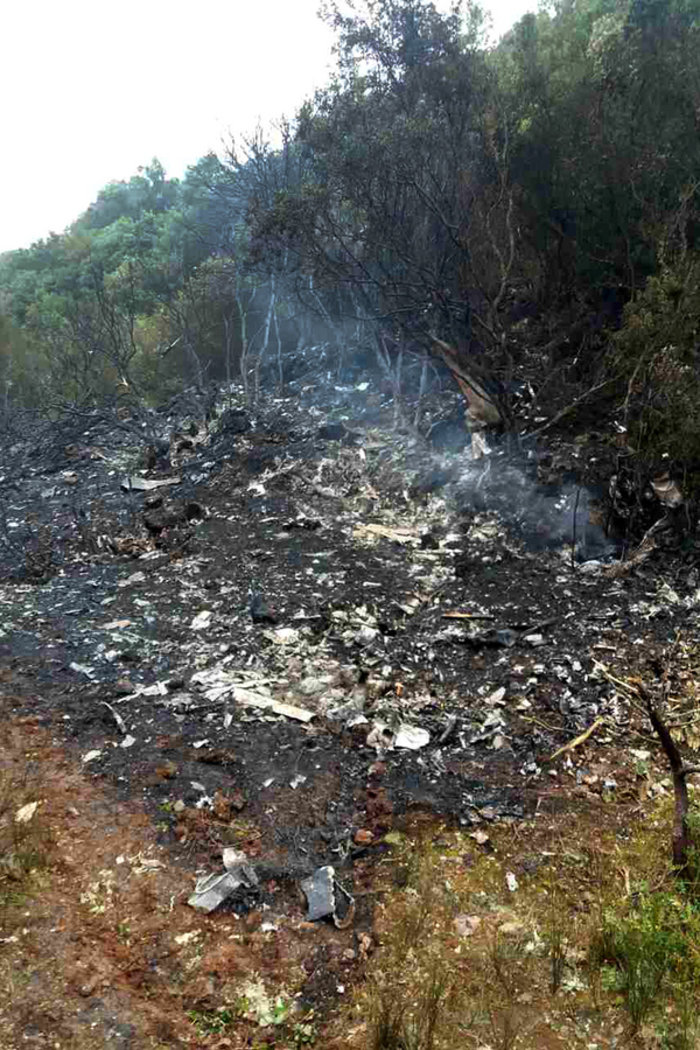 Εικόνες και μαρτυρίες από το σημείο συντριβής του αεροσκάφους - εικόνα 4