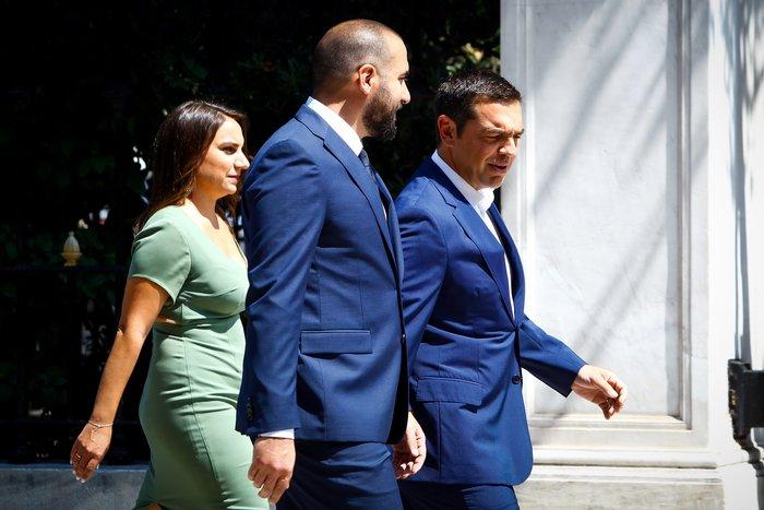 Ορκίστηκαν τα νέα μέλη της κυβέρνησης στο Προεδρικό Μέγαρο - εικόνα 8