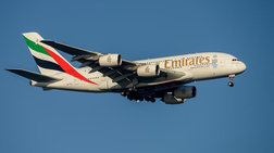 Αεροπλάνο της Emirates σε καραντίνα στη Νέα Υόρκη με επιβάτες που ασθένησαν